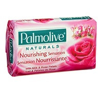 PALMOLIVE SOAP NOURISHING SENSATION WITH MILK & ROSE PETALS SOAP - 120 G