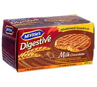 MCVITIES DIGESTIVE BISCUITS WITH MILK CHOCOLATE - 200 G